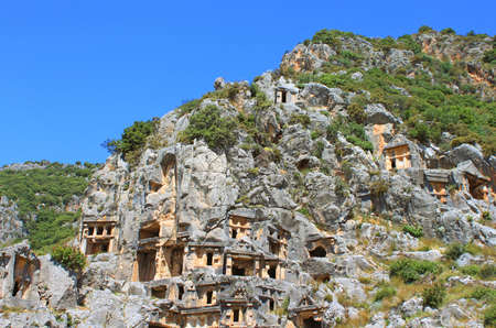 tumbas: Tumbas licias antiguas en Myra, Turquía