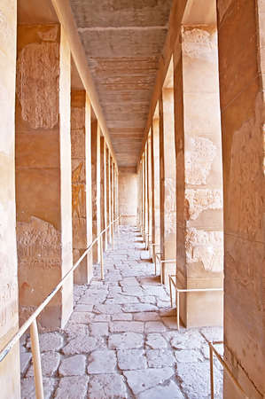thebes: Colonnade of palace of Hatshepsut in Luxor, Egypt