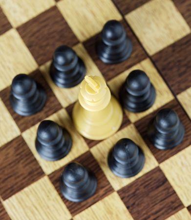 zdradę: Podwładnym otaczającego do króla (skoncentrowane w karty króla) Zdjęcie Seryjne