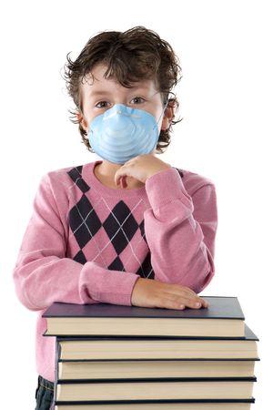 ni�os enfermos: Estudiantes ni�o infectado con la gripe y la m�scara de aislados en blanco Foto de archivo
