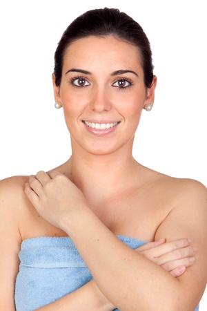 femme baignoire: Belle fille avec une serviette isol�e sur un plus blanc arri�re-plan