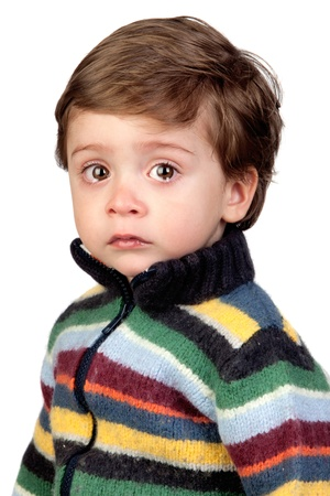 enfant qui pleure: Beau b�b� pleurer isol� sur fond blanc Banque d'images