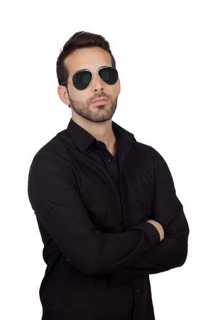 흰색 배경에 고립 된 선글라스와 함께 젊은 수염 사업가