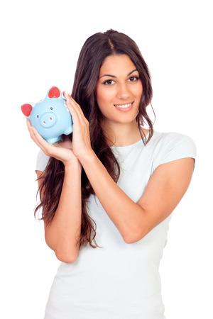 Casual meisje met een piggy-bank geïsoleerd oa witte achtergrond