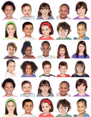 expresiones faciales: Collage de la foto de los niños aislados en el fondo blanco