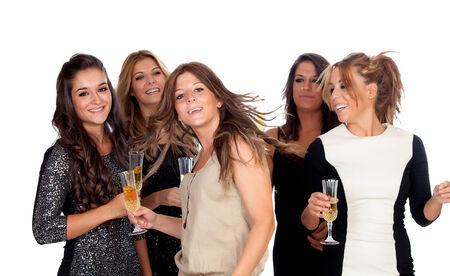 mujeres elegantes: Mujeres elegantes que celebran la Navidad bailando en el partido aislado en un fondo blanco