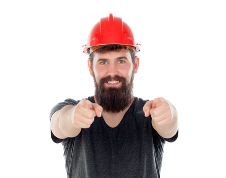 casco rojo: Young men with hipster look and red helmet pointing at camera isolated on white background