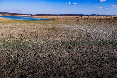 Spanischer Stausee wegen Dürre fast leer