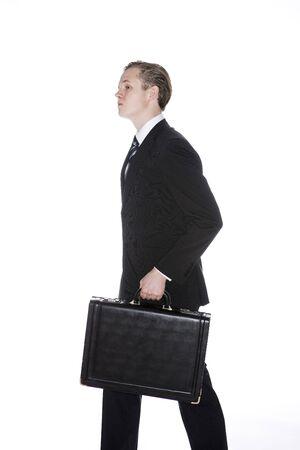 attach?: Un hombre con adjuntar
