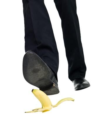 Banana peel slip geïsoleerd op witte achtergrond