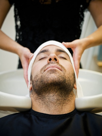 beauty shop: El secado del cabello en el sal�n de belleza
