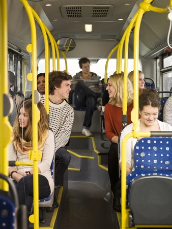 commuters: Coppia felice sul bus