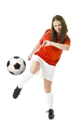 jugando futbol: Mujer de fútbol aisladas sobre fondo blanco