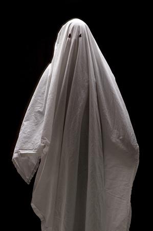 one sheet: Ghost bianco su sfondo nero