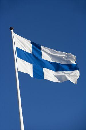 Finissh Flag Richtung blauer Himmel