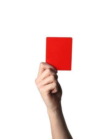 Hand die de rode kaart op wit wordt geïsoleerd