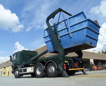 Container lading op vrachtwagens
