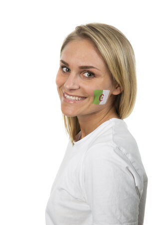 Algierski: Young Girl with the Algerian flag painted on her cheek