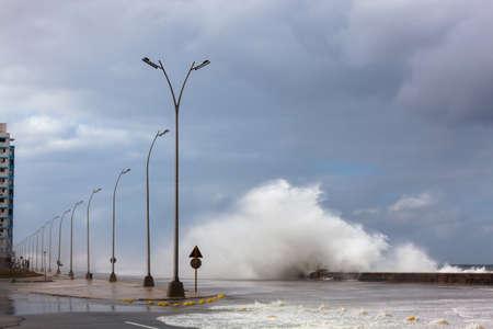 big waves: Big waves on the waterfront Malecon, Havana, Cuba