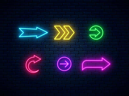 Neon arrow signs collection. Bright arrow pointer symbols on brick wall background. Set of colorful neon arrows, web icons. Banner design, bright advertising signboard elements. Vector illustration. 矢量图像