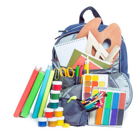 Schooltas met spullen voor school Stockfoto