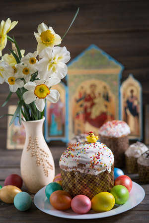 Orthodox Easter, Easter cake and painted eggs 版權商用圖片