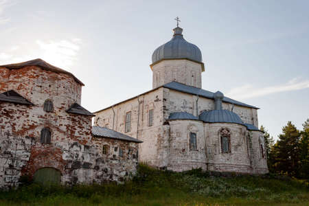 White stone Cathedral of the Exaltation of the Cross. Russia, Arkhangelsk region, Onega district, Kiy island, White sea Banco de Imagens