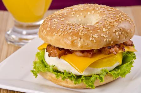 Bagel breakfast Standard-Bild