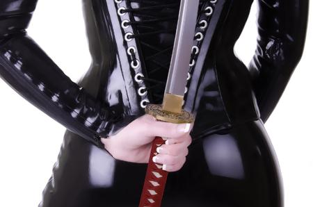 刀でセクシーな女性