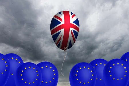 skepticism: Flying balloon with the flag of the United Kingdom