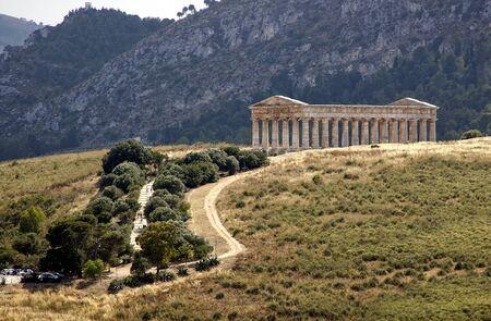 templo griego: el templo griego de Segesta