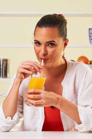 smoothie fruit drink health delicious sip weight loss diet orange