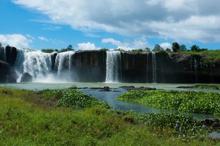 ma: Dray Nur Waterfall