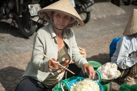 tay: Street Seller, Saigon Chinatown