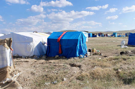 Refugee camps in, nowhere in the centre of Anatolia in Turkey, Syrian refugees 免版税图像 - 93535416