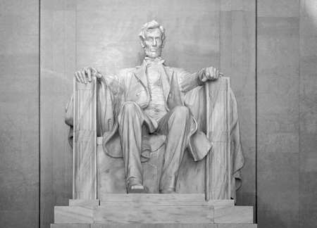 Full Frontal View of Lincoln Memorial