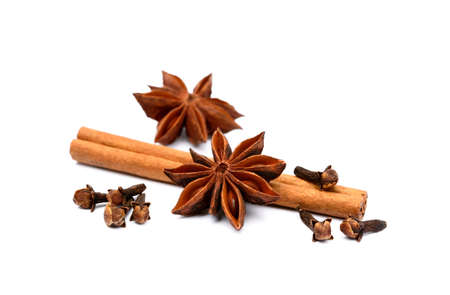 spicey: Aromatic star anise, cloves and cinnamon isolated on white background