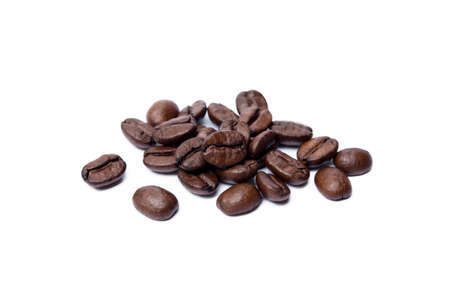 Roasted coffee beans isolated on white background Banco de Imagens - 154617764