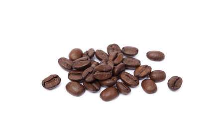 Roasted coffee beans isolated on white background Banco de Imagens - 154796092