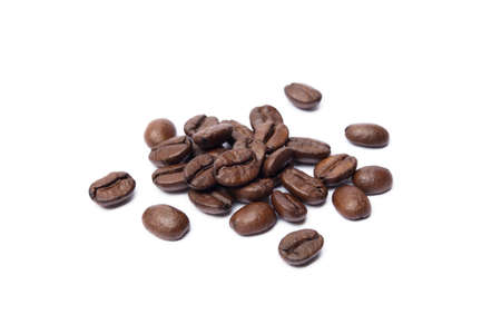 Roasted coffee beans isolated on white background Banco de Imagens - 155318950