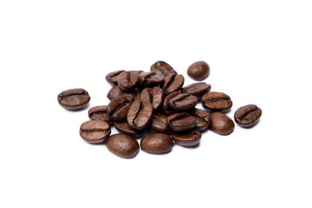 Roasted coffee beans isolated on white background Banco de Imagens - 155593283