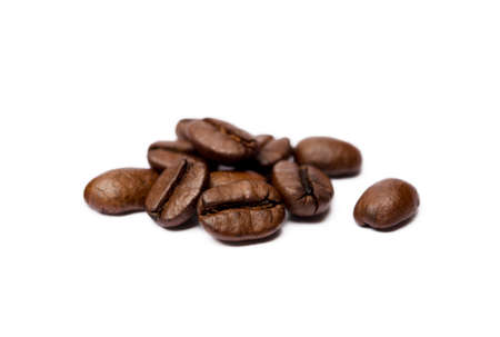 Roasted coffee beans isolated on white background Banco de Imagens - 156127039