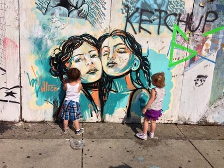 Grafitti in South Philadelphia at the Italian Market.  Imagens