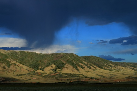 great plains: Beautiful clouded sky over mountains in Wyoming Stock Photo