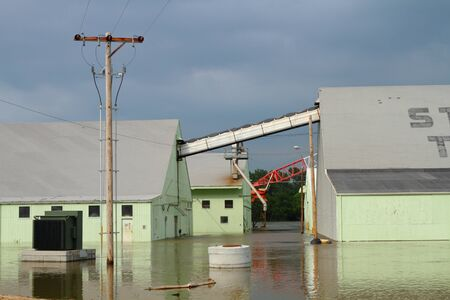 Buildings sunken in overflowing river Sajtókép