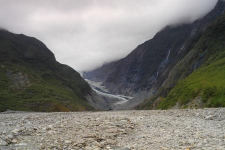 franz josef: El Franz Josef es un glaciar situado en Westland Tai Poutini Parque Nacional en la costa oeste del sur de Nueva Zelanda en la Isla