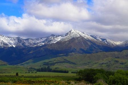vistas: Beautiful mountain vistas in Queenstown, New Zealand