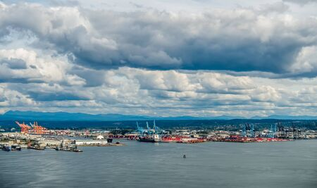 tacoma: A view of a the Port of Tacoma.