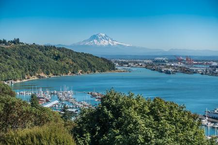 tacoma: Mount Rainier rises up over the Port of Tacoma.