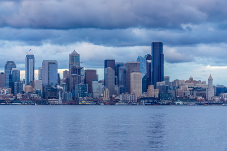 A view of the Seattle skyline as night approaches.